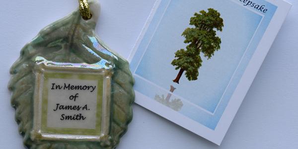 Leaf keepsake ornament